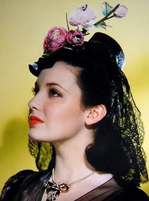 Linda Darnell: Killed in House Fire